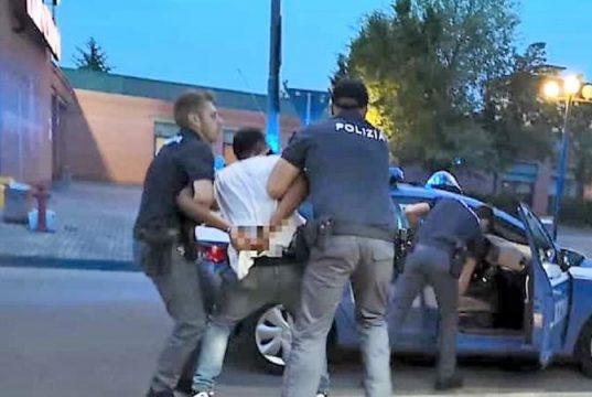 Scampia: un uomo arrestato per droga